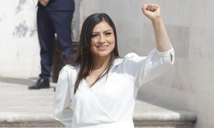 Denunciará Claudia Rivera a medios de comunicación por violencia de género