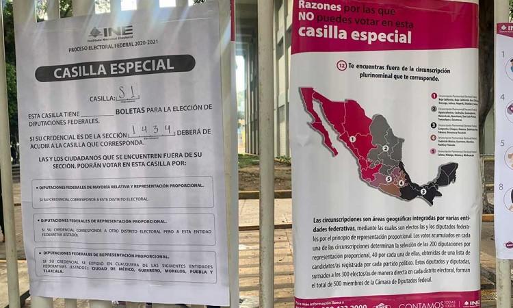Foráneos se molestan por no poder votar en Puebla, INE aclara circunscripción