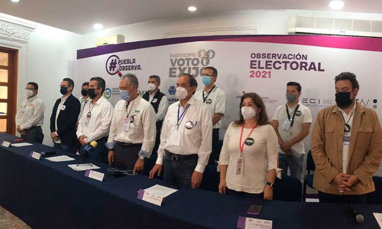 Reportan observadores empresariales compra de votos y entrega de despensas en Puebla