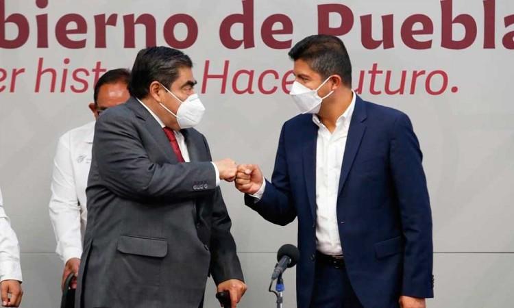 Hacer equipo por un mejor ambiente social y político en Puebla, concuerdan Barbosa y Eduardo Rivera