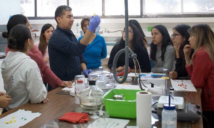 Investigadores del Instituto de Física de la Buap emplean materiales emergentes en celdas solares