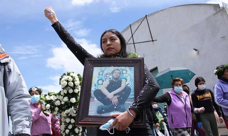 Docente de ARPA BUAP pide paz y calma para la familia de Juan Carlos Portillo, joven asesinado en Xoxtla
