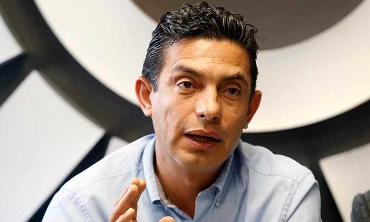 """Perdimos posiciones, pero se logró """"frenar"""" a Morena, argumenta Carlos Martínez Amador líder del PRD"""