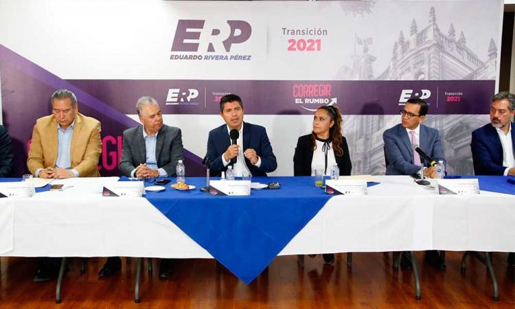 Pide Eduardo Rivera apoyo a empresarios, académicos y líderes sindicales para gobernar Puebla