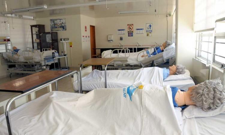 Facultad de Enfermería de la Buap desarrolla catálogo de atención primaria en salud