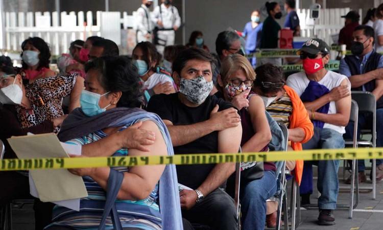 Secretaria de Salud de Puebla invita a la ciudadanía a vacunarse