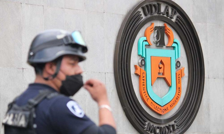 ¿Qué pasa en UDLAP? Policía estatal toma control por conflicto judicial