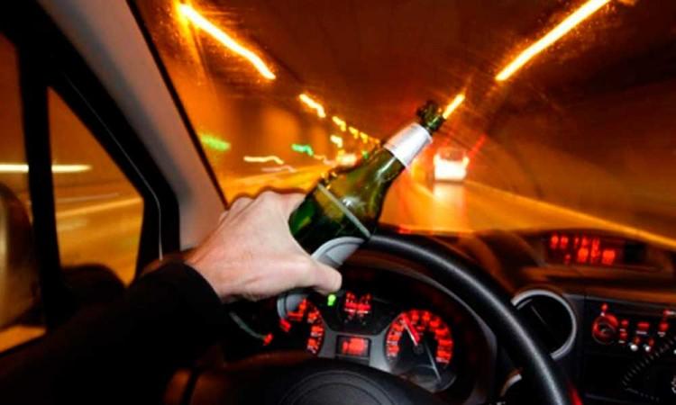 Celebra Barbosa reforma al Código Penal y la Ley de Vialidad para retirar licencias a conductores en estado de ebriedad