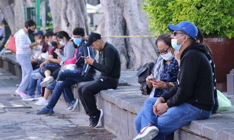 Aumenta el flujo de visitantes al Centro Histórico de Puebla con la eliminación del muro alrededor del zócalo