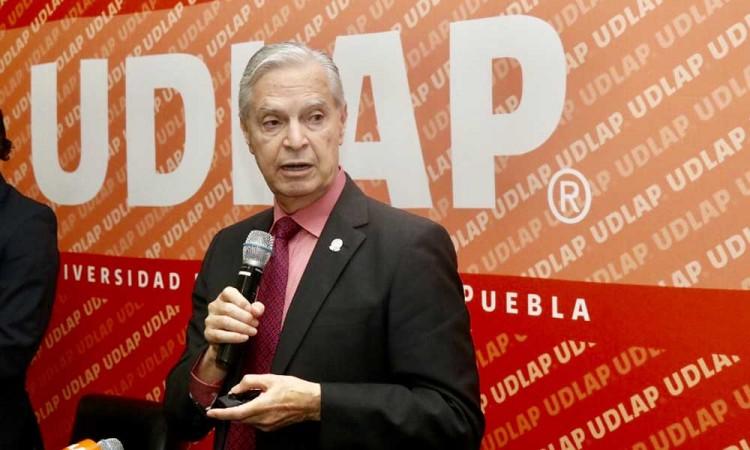 Fundación Jenkins ratifica a Derbez como rector UDLAP, pide entregar el campus en tranquilidad