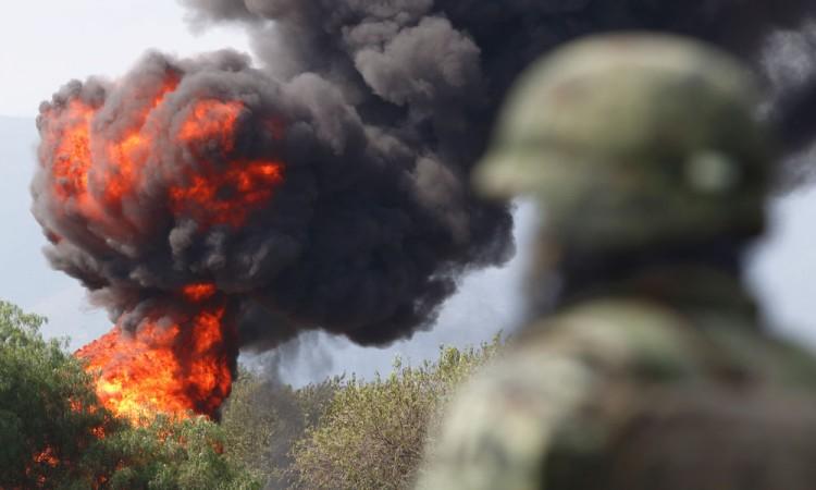 Provocan huachicoleros explosión de ductos de Pemex