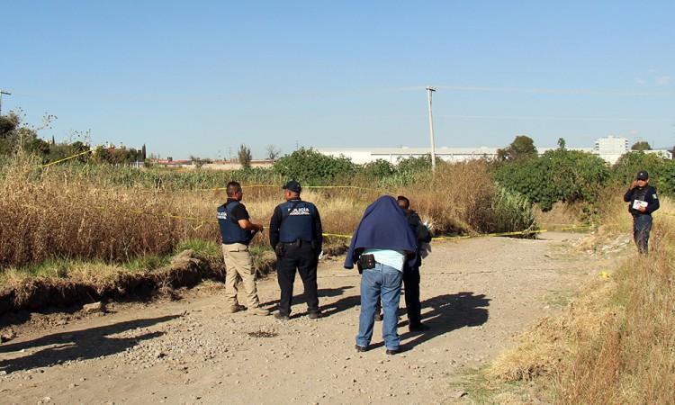 Hallan a mujer enterrada; la habían secuestrado en Tecamachalco