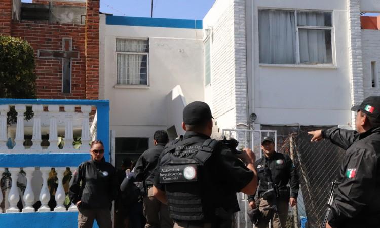 Catean en Amalucan presunto narcotiendita