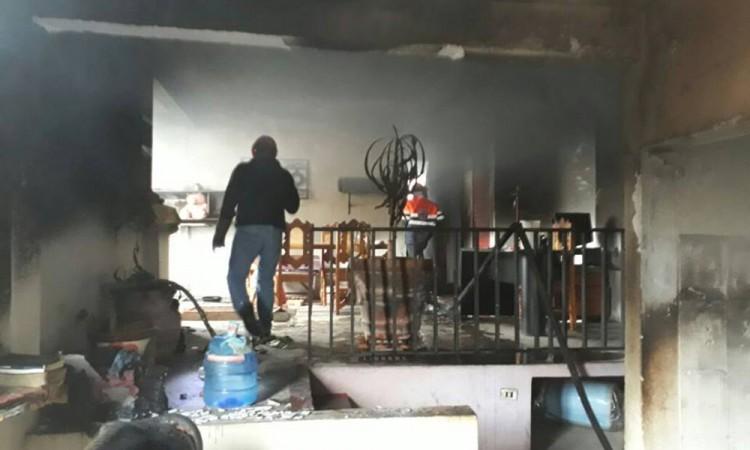 Arde casa en Zacatlán