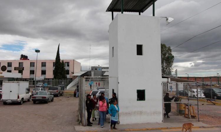 Se ahorca reo de San Miguel
