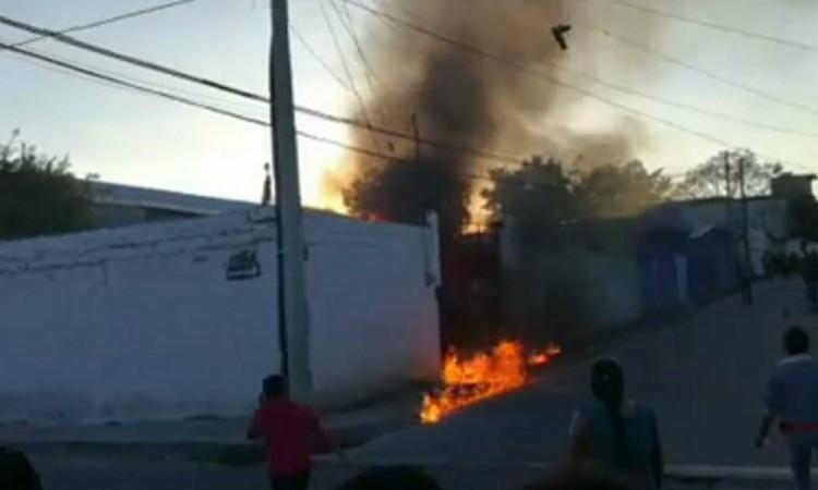 Salvan a siete de ser  linchados en Tehuacán
