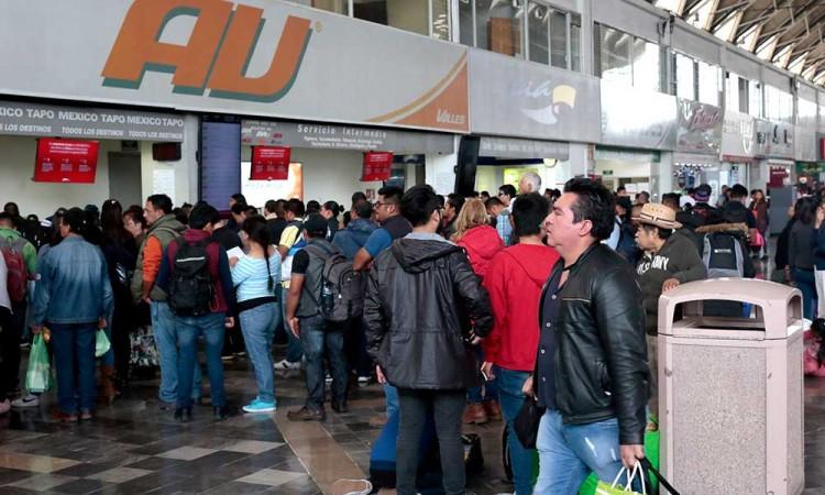 Registran 5 asaltos de pasajeros de transporte en la Puebla-Tehuacán