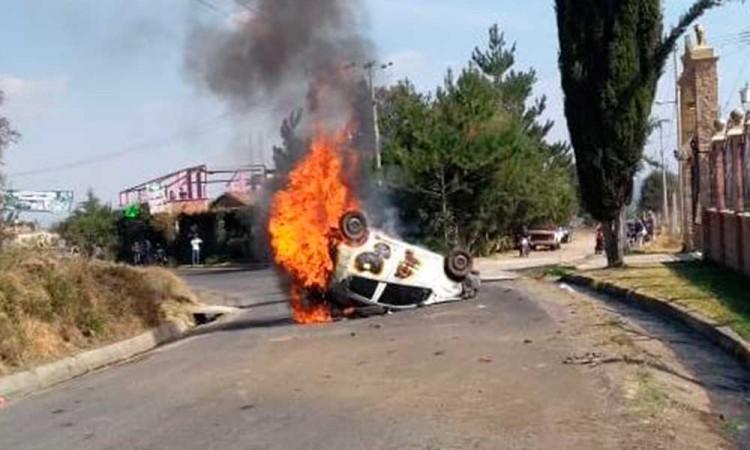 Vuelca vehículo en San Martín Texmelucan
