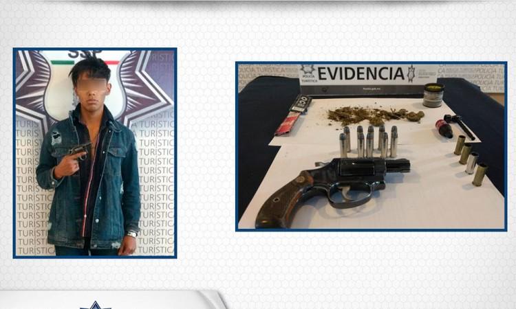 Lo atrapan con arma y droga en Barrio de Santiago