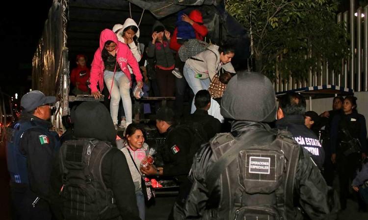 Rescatan SSP y FGE 159 migrantes secuestrados