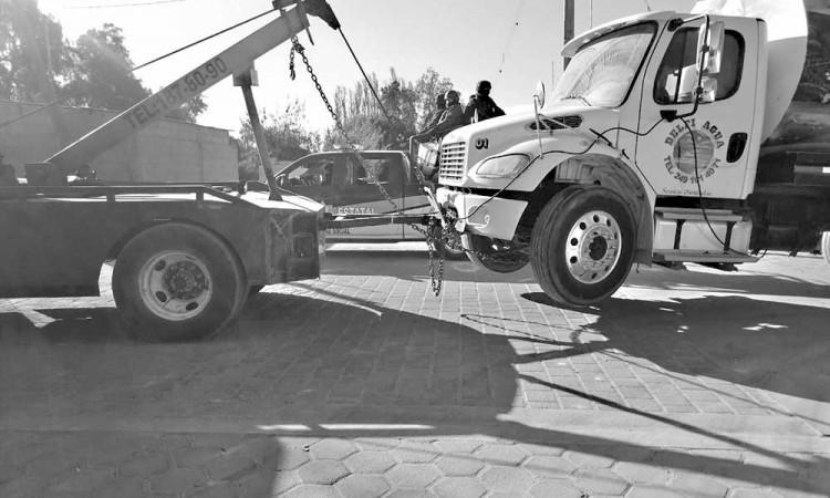 Recupera Semar 8 camiones con reporte de robo