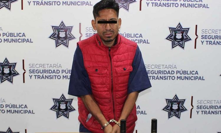 Detienen a delincuente en Barrio de Analco