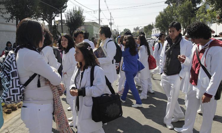 Denuncian intento de secuestro de alumnas BUAP