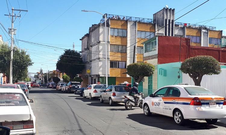 Asalto en barrio de Santiago; le quitan 600 mil pesos