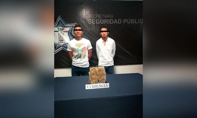 Detienen a dos por venta de drogas en San Jerónimo Caleras