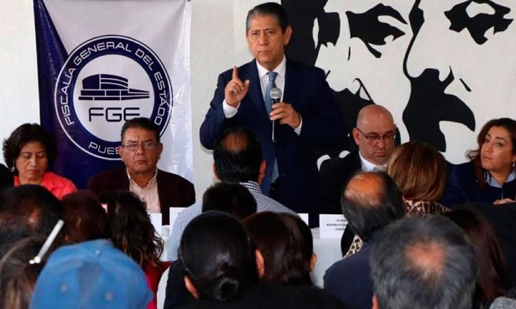 FGE y 28 de Octubre se reunieron en el Mercado Hidalgo