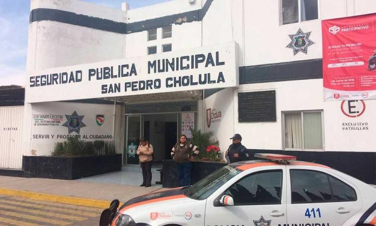 Suspenden a tres elementos de seguridad en San Pedro Cholula