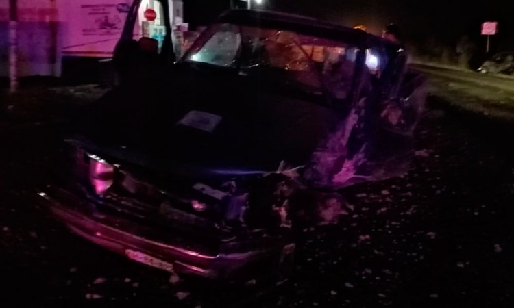 Choque deja tres lesionados en Tlacotepec