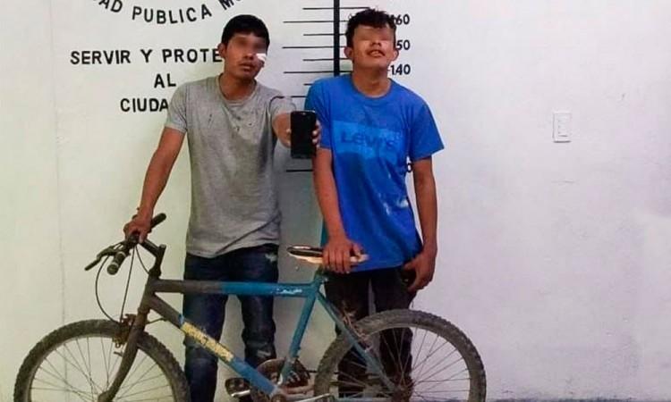 Detienen a tres presuntos ladrones en San Pedro Cholula