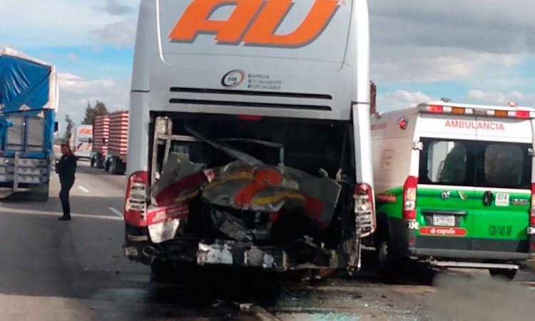 Un muerto y tres lesionados deja un accidente en la Puebla-Orizaba
