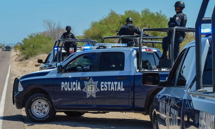 Roban tres vehículos en la Puebla-Tehuacán