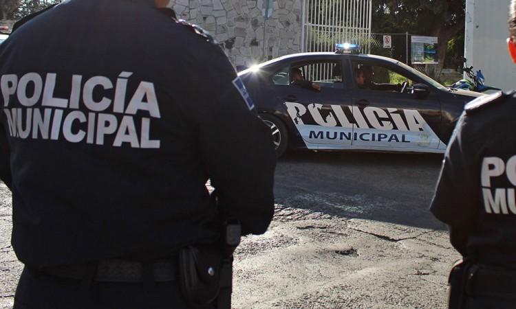 Agreden a 3 policías por evitar linchamiento en Cholula