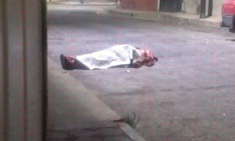 Abandonan cuerpo en el centro de San Martín Texmelucan