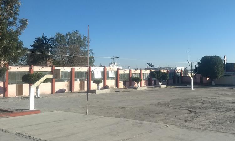 Roban secundaria en pleno centro de Tecamachalco