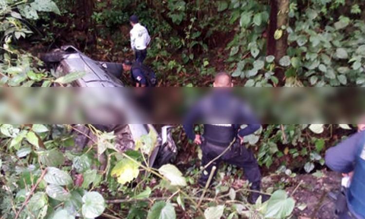 Se queda sin frenos y vuelcan en Yaonáhuac; 3 heridos