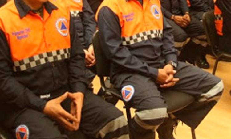 Falsos empleados de Protección Civil estafan a comerciantes