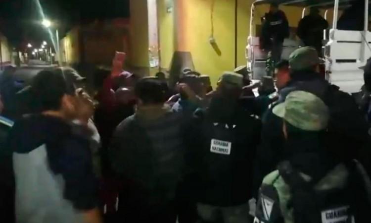 Detención de sujetos calienta los ánimos en Palmar