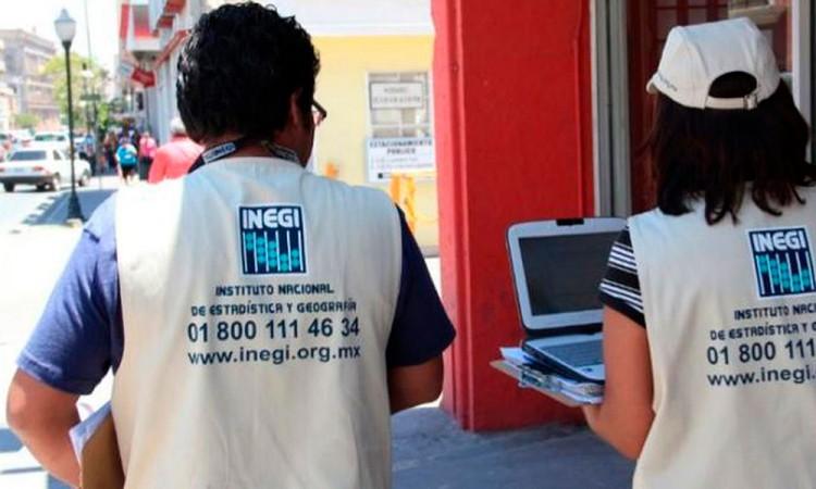 Con navaja en mano asaltan a encuestadora del INEGI en El Verde