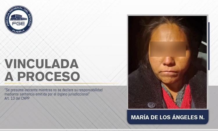 Vinculan a proceso a madrastra que mató a golpes a una menor en Zacatlán