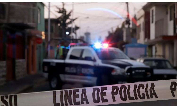 Fallecen dos personas en accidente carretero en Tlatlaquitepec