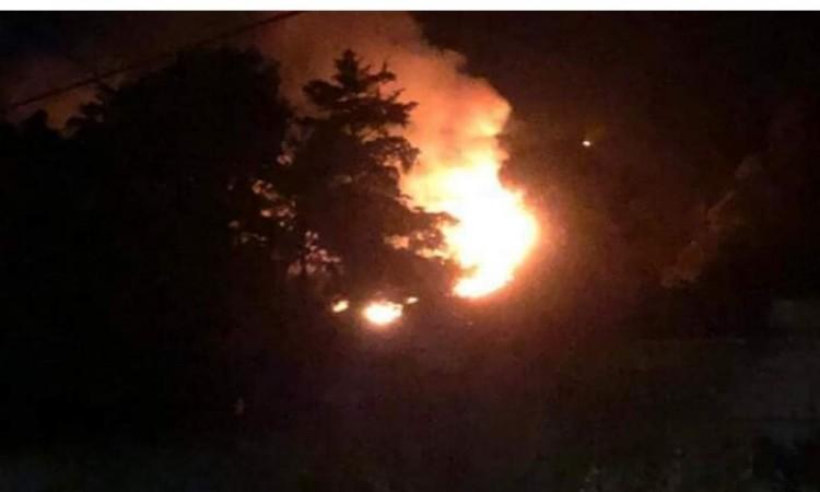 Salvan a viviendas en Atoluca de incendiarse