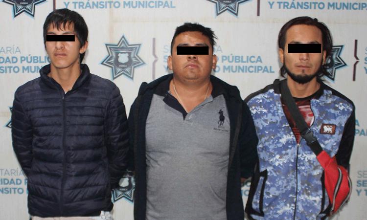 Detienen a tres por posesión de droga en Nuevo Paraíso