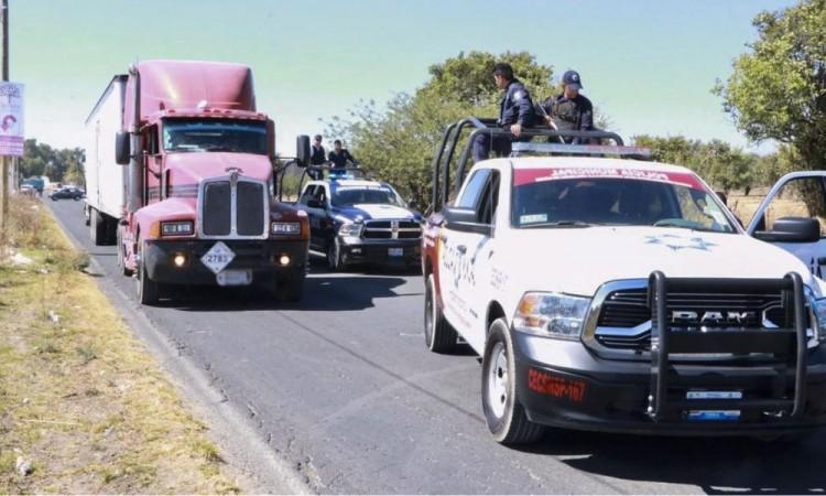 Frustran robo a transporte de carga en Huejotzingo