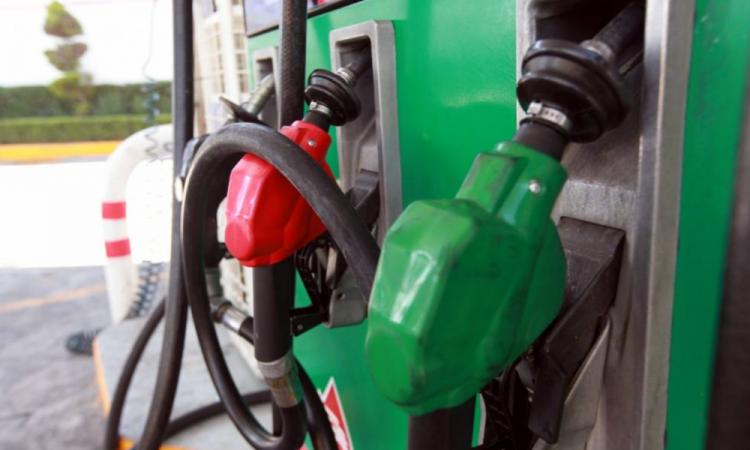 Hieren a despachador de gasolina en Teziutlán