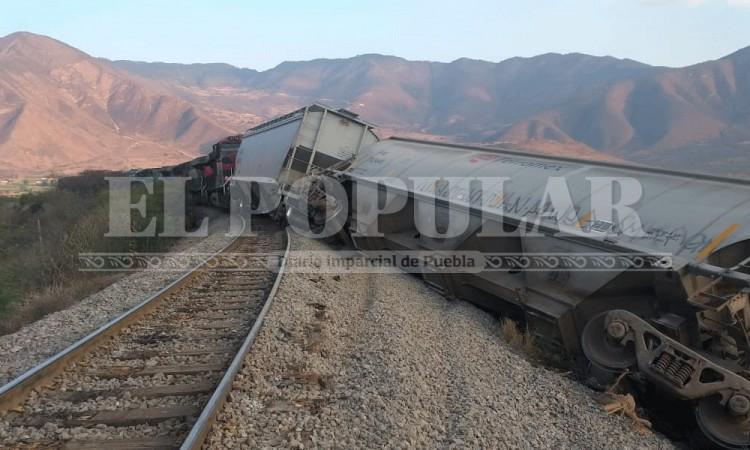 Asaltantes descarrilan tren entre los límites de Puebla y Veracruz