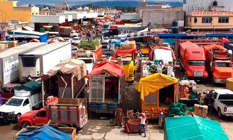 Asaltan y golpean a vendedor de teléfonos en Huixcolotla